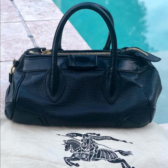 Burberry Handbags - Burberry Black pebbled Leather Prorsum
